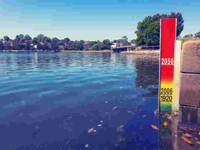 GettyImages-672207358 sea level rise indicator (1)