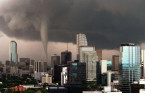 The 1997 Miami tornado that looked like a poster from an apocalyptic film