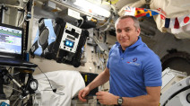 Canadian astronaut David Saint-Jacques makes 'punishing' return to Earth