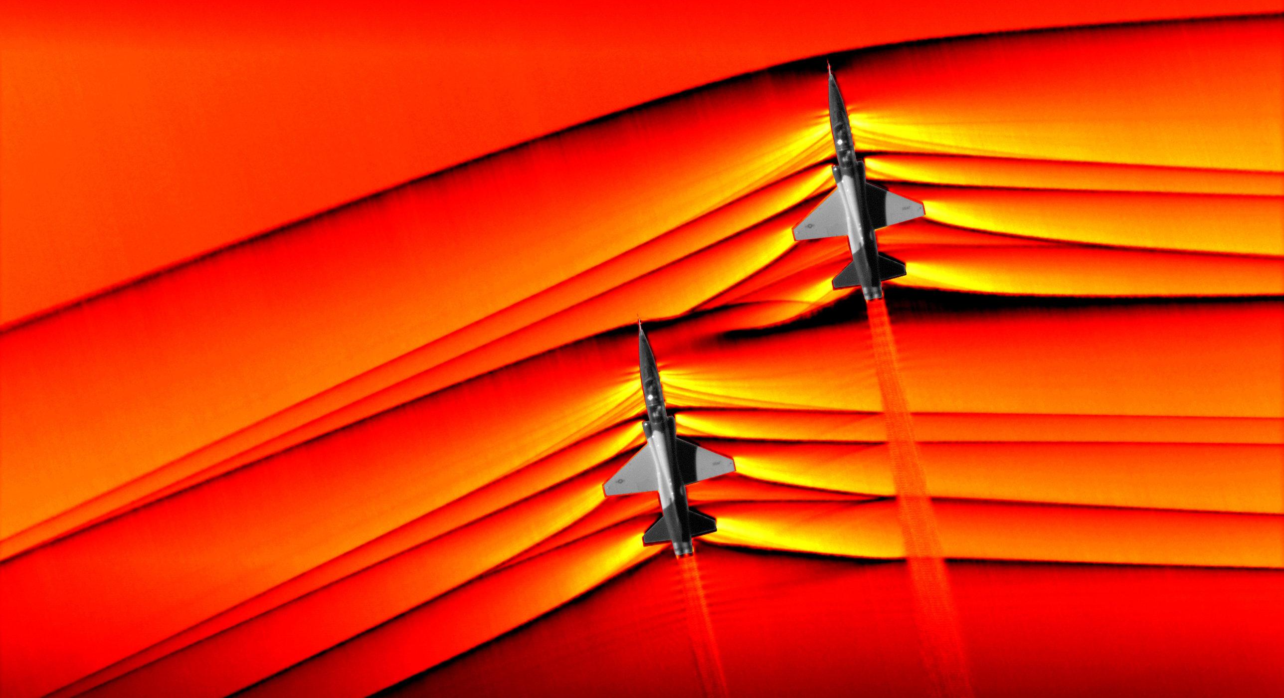 Images inédites d'avions franchissant le mur du son