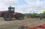 Farmers cautiously optimistic as spring seeding starts early
