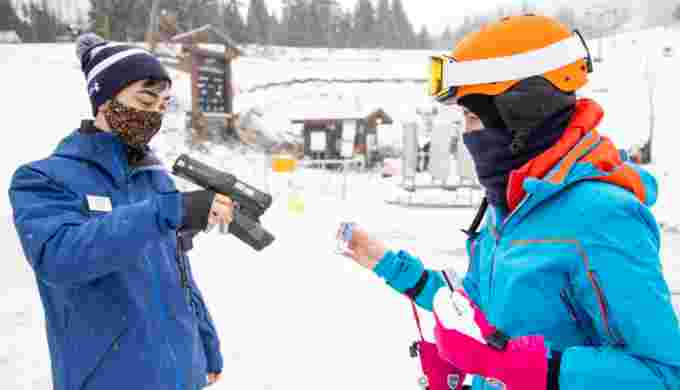 This year pass holders have to make a reservation to ski at Whistler Blackcomb as part of efforts to limit the number of people on the mountains due to COVID-19. (Tina Lovegreen/CBC)