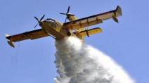 Access to Red Lake Ont. restricted as nearby forest fire continues to rage