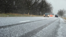 Brace for tricky commutes in Ontario with shot of late-season snowfall