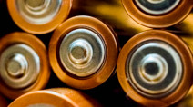 Designing batteries for easier recycling could avert an e-waste crisis