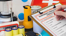 Hurricane Preparedness: What you need in your kit
