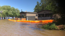 100+ people in Manitoba forced to leave homes due to potential flood risk
