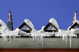 Early warning signs that your roof may collapse from snow