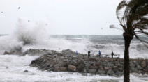 Deadly storm sweeps across Spain