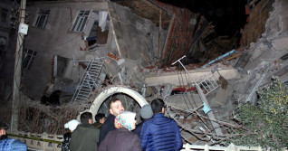 Deadly earthquake strikes eastern Turkey, major damage reported