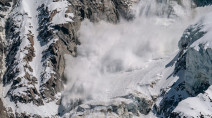 Avalanche deaths near record level in U.S. this winter, 6 in Canada
