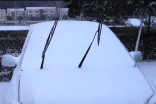 Windshield wiper blades: Is it a good idea to leave them up before a snowfall?