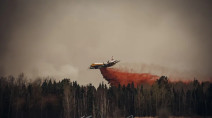 Rapidly moving wildfire west of Edmonton prompts evacuation order