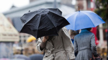 Ontario: Last crack at a 20 degree day ahead of soaking rains, tumbling temps