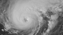 'Large Humberto' strengthening, hurricane watches issued for Bermuda