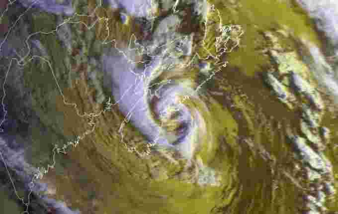 PErfect Storm over Maritimes NOAA / Satellite and Information Service