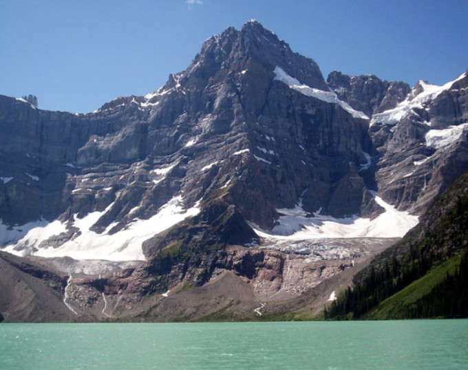 The Weather Network - Bodies of climbers recovered after