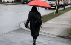 Cold rain, wet snow make for miserable spring weekend in Atlantic Canada