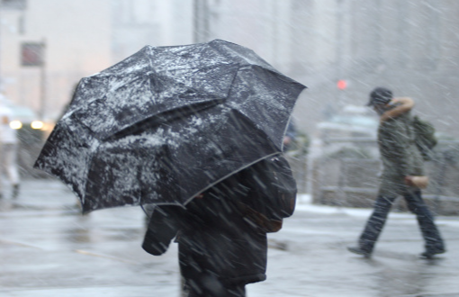 Ontario: Lake-effect snow, temperature plunge into the midweek