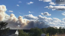 Forest fire forces evacuations in Red Lake, Ont., highway 105 could be impacted