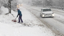 BIG winter wallop puts southern Quebec in line for 30+ cm of snow