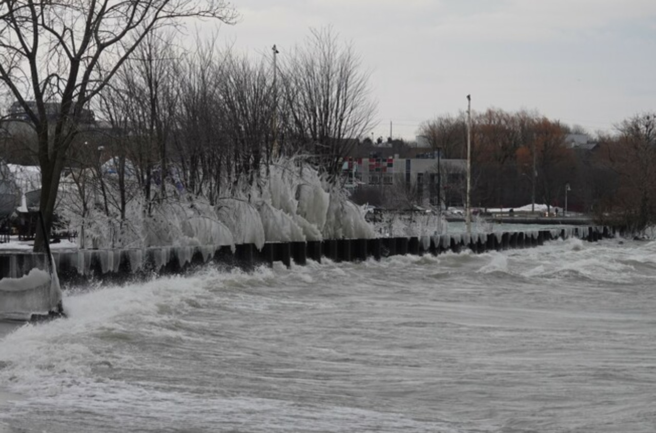 Great Lakes: Lack of ice, high water levels will have spring consequences