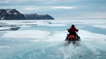 Diver recounts 'terrifying' impact of climate change in Canada's Arctic