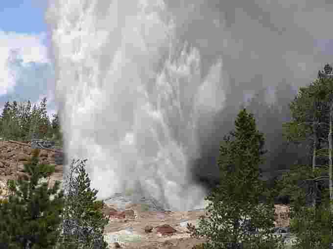 wiki cc steamboat geyser eruption