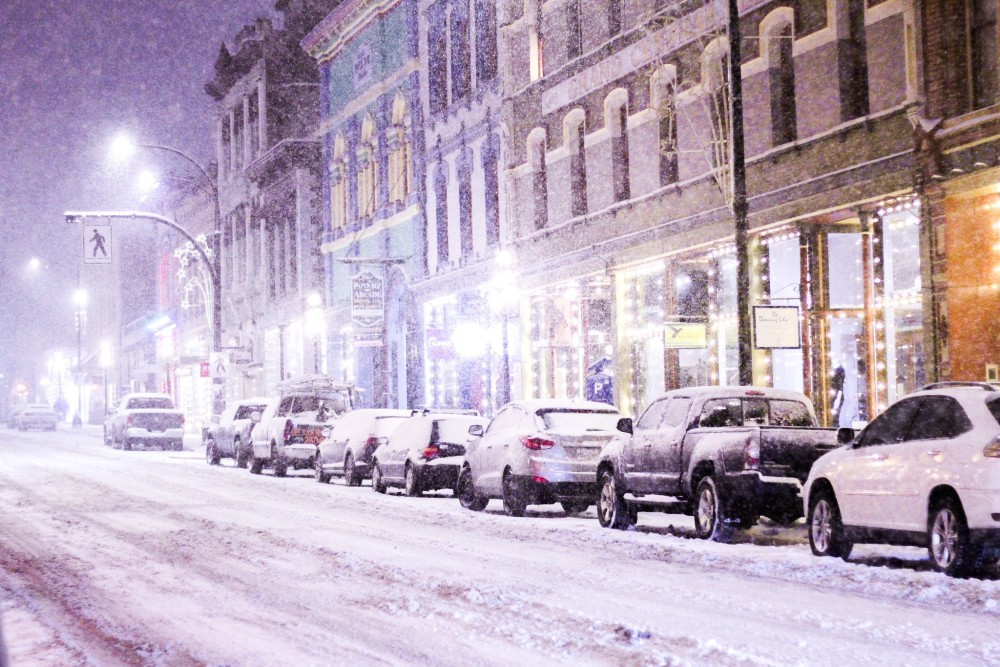 B.C.: After strong winds, heavy snow, next round setting up