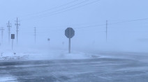 Temperatures to plummet after hazardous snow squalls blast Ontario