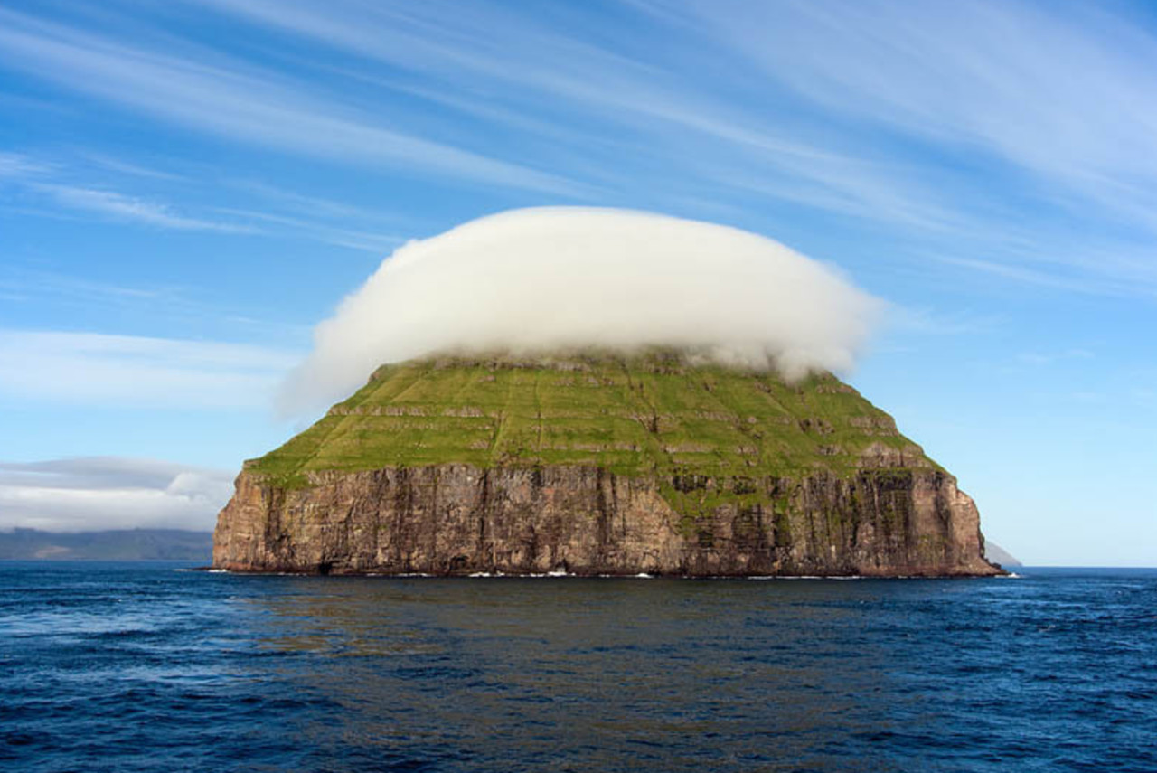 Remote island in the North Atlantic can manipulate its weather