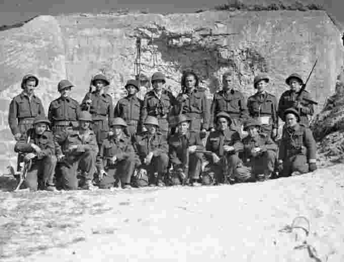Troops at normandy Library and Archives Canada