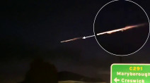 Space junk streaks across Australian skies as a bright, flaming fireball