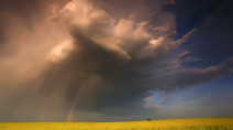 Prairies: 'Thunderstorms are everywhere' as heat builds
