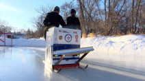 Winnipeg family repurposes washing machine to resurface outdoor rink