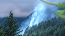 Crews continue to fight wildfire burning on Sea-to-Sky Highway
