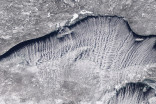 Rare 'cloud streets' stream across Lake Superior