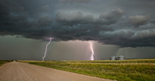 Prairies: Storms threaten up to 100 mm of rain, isolated flooding