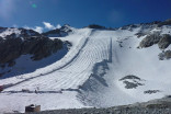 Italian ski resort covers glacier with tarps to slow melting