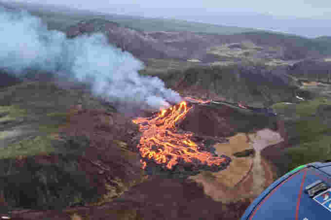 Iceland volcano/Department of Civil Protection and Emergency Management in Iceland/dpa