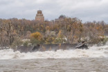 Halloween storm moves 101-year-old Niagara River wreck