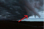 MUST SEE: 'Hand of darkness' cloud forms during Alberta storm